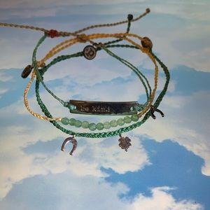 Pura Vida Monthly Bracelet Club March 2020